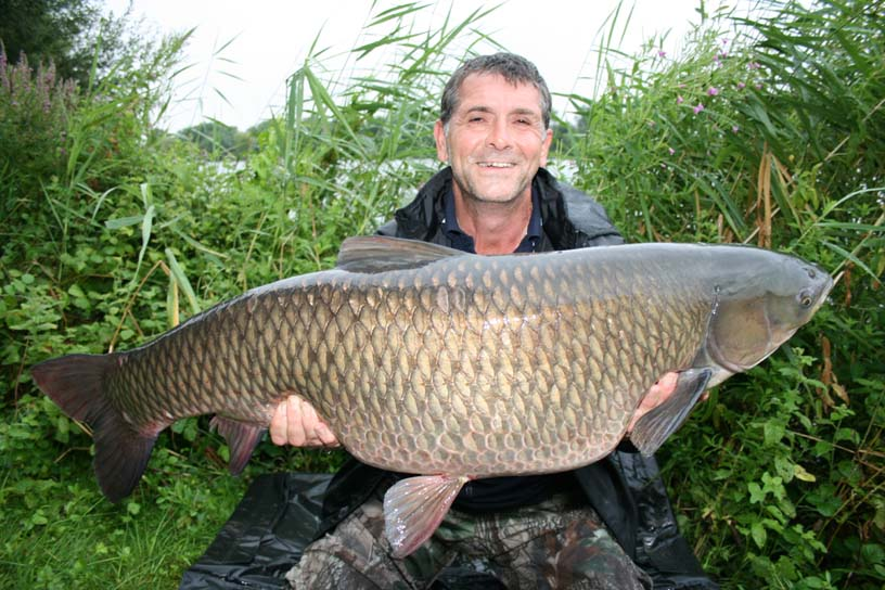 steve_williams_swan_05_08_08_35lb_06oz_grass_carp